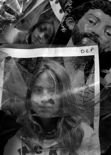 Una de las fotografías que ilustra el cuento de 'Caperucita Roja'. Foto: Clemente Bernard.