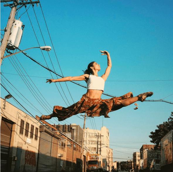 La bailarina española Elia Valls en Bushwick/Williamsburg.