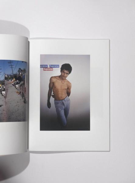 Kiss The Past, Hello, Larry Clark (2010). Ejemplar firmado.