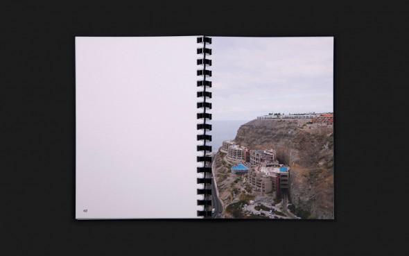 Fotolibro de Simona Rota editado por La Kursala. Foto: Tres Tipos Gráficos.