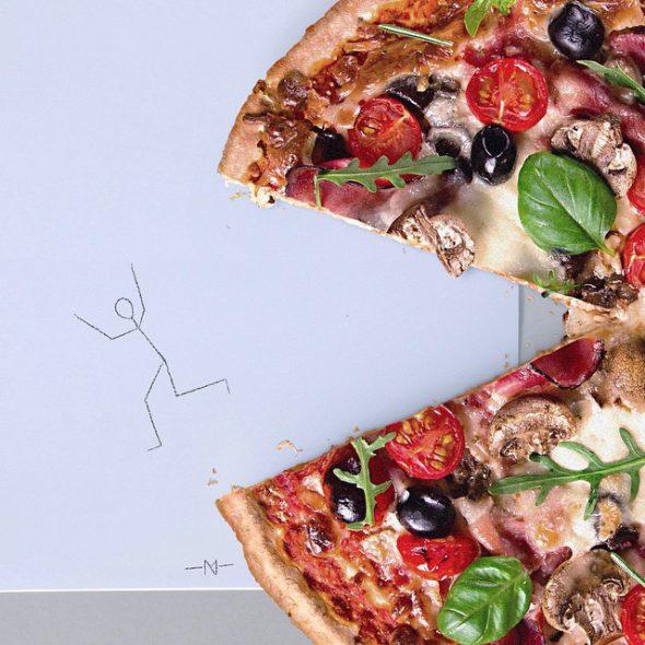 Monigote y la pizza.