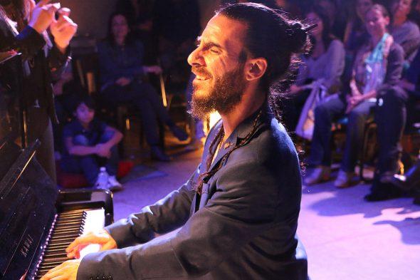 El músico Pablo Rubén Maldonado.