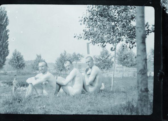 Soldados alemanes durante un baño, 1916. Foto del archivo de Alexis W.