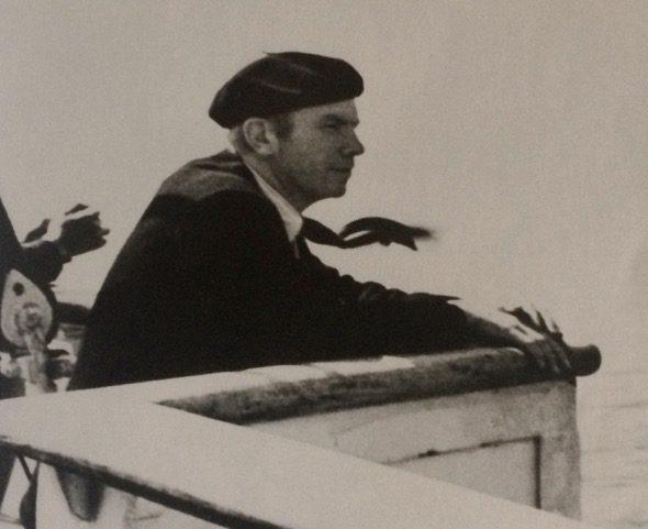 El médico Norman Bethune en el barco de vuelta a Canadá en 1937.