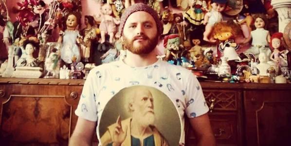 Una fotografía de El Dios de los Tres.