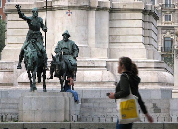 Estatua de Don Quijote y Sancho en la Plaza de España de Madrid. Foto: Ana Esteban.
