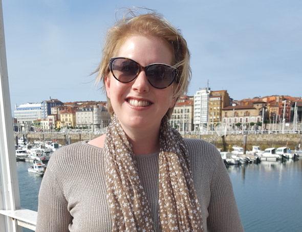 La escritora Clare Mackintosh.