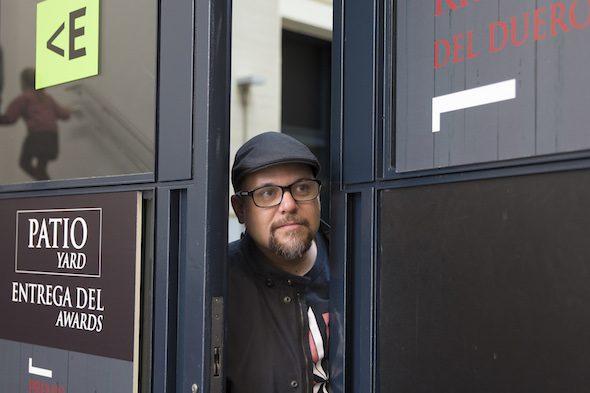 El escritor mexicano Antonio Ortuño. Foto: Daniel Mordzinski