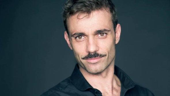 Imagen profesional del bailarín y coreógrafo Pedro Aunión que el artista utilizaba en la red social Facebook.