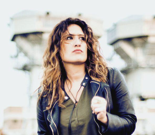 La cantante Anabel Santiago.