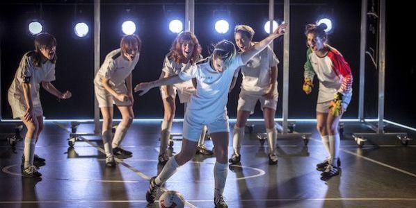 Una escena de la obra Playoff de La Joven Compañía. Foto: David Ruano.