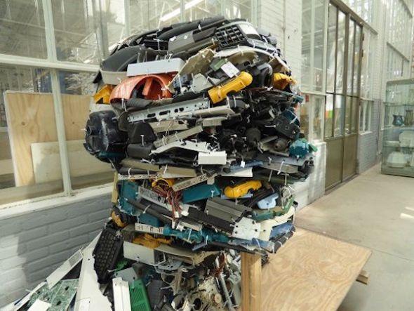 El estudio Piet Hein Eek recicla en su taller, en la tienda, el restaurante...