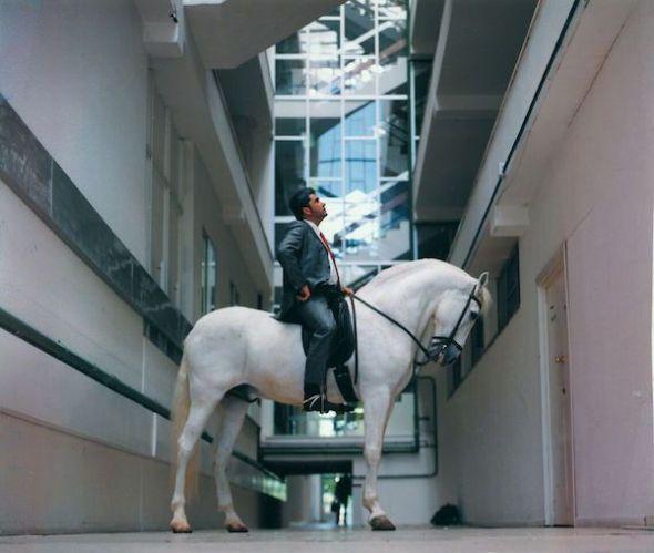 Fernándo Sánchez Castillo. Arquitectura para caballo. 2002.