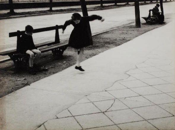 Alberto Schommer. 'Exhibición', 1957. MNCARS. Donación de la Fundación Alberto Schommer, Madrid, 2017.