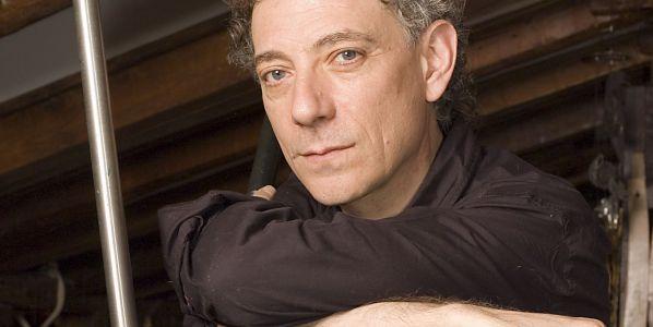 El poeta, premio nacional de poesía, Juan Carlos Mestre.
