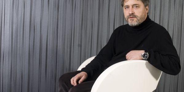 El escritor Manuel Rivas. Foto: Santos Díez.