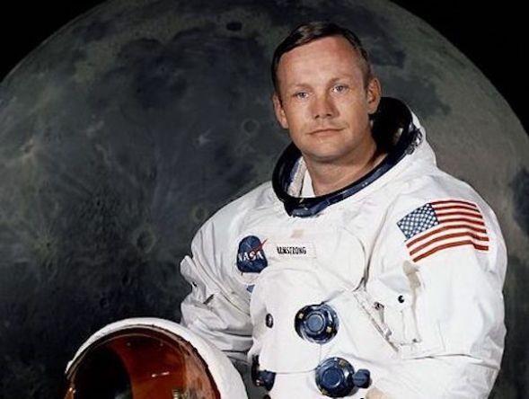 Neil Armstrong en su retrato oficial de la Nasa.