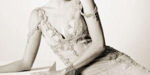 Un detalle de la portada de 'La maestra de títeres' de Carmen Posadas.