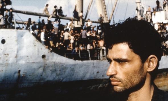 Fotograma de la película 'Lamerica'.