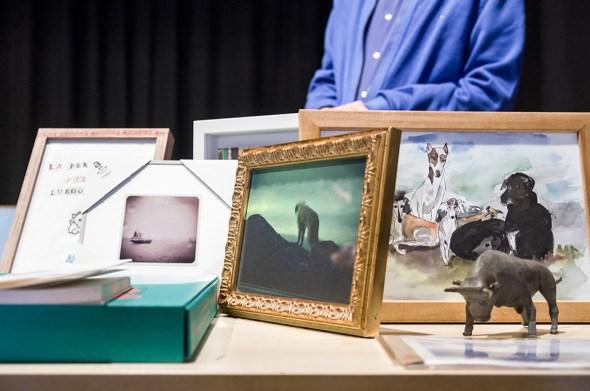 Algunas de las obras de arte donadas al pueblo de Trigueros del Valle.