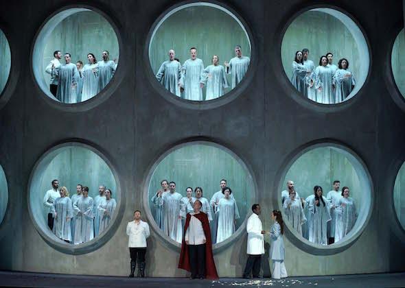 Una escena del segundo acto de Lucio Silla de Mozart en el Teatro Real. Foto: Javier del Real.