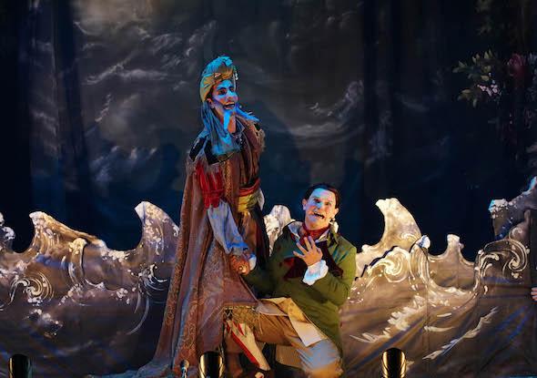 Una escena de Bastián y Bastiana de Mozart que se representa en Les Arts Volant por pueblos de Valencia. Foto: J. C. Barberá.