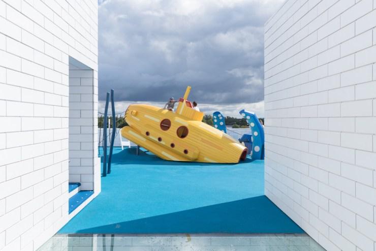 Lego House. Casa Lego foto terrazas exteriores Yellow Submarine