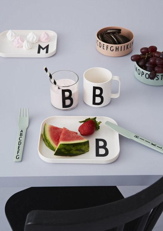 Design Letters Kids. Tipografía de Arne Jacobsen. Diseño para niños