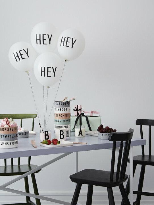 Design Letters Kids vaso de tritan y bowls de colores