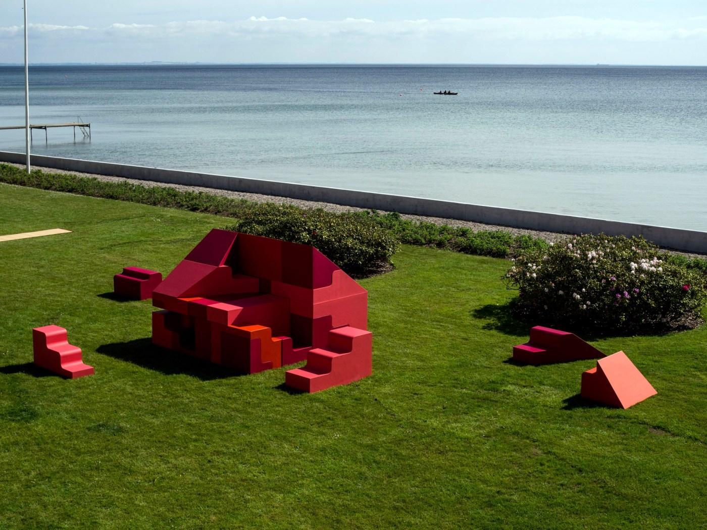 Instalación Casa Puzzle DIY en Copenhage, Dinamarca, por BIG