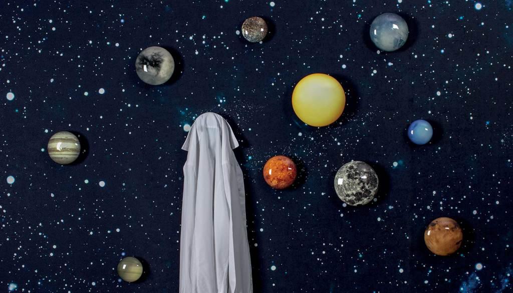 Colgadores de pared con forma de planetas del sistema solar