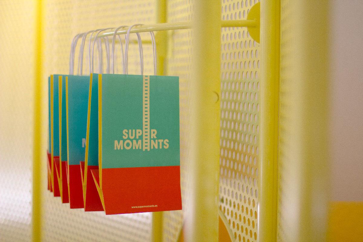 Bolsas SuperMoments marca de ropa infantil