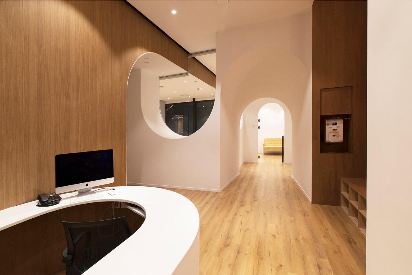 guardería original. 123+ shanghai método montessori bolas blancas en el techo