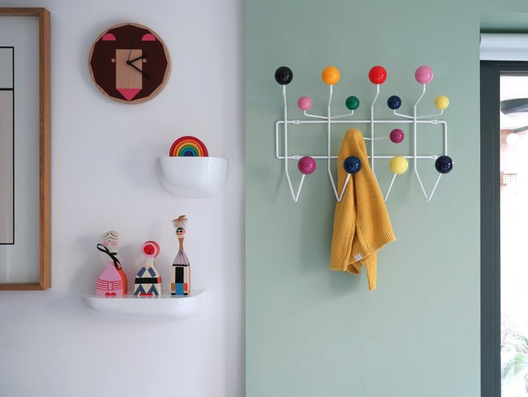hang it all. Perchero colgador bolas de colores Vitra. Ray and Charlem Eames.