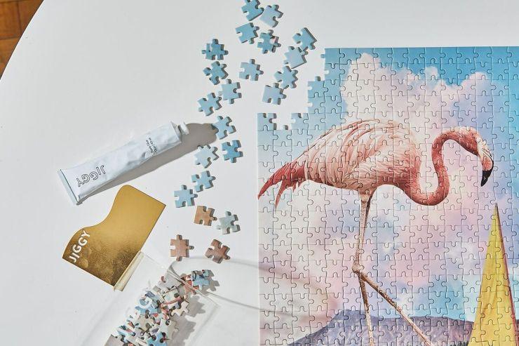 Puzzle flamenco femenino decorativo