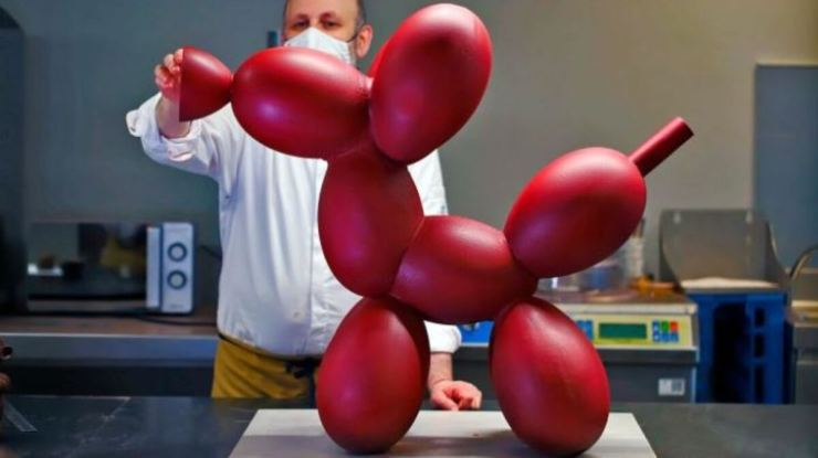 Mona perro Jeff Koons chocolate. L'Atelier Barcelona. Fundación FERO