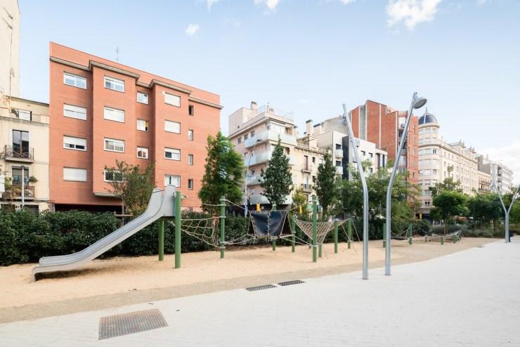 Arjub Studio. Parc Meridià a l'Avinguda Meridiana de Barcelona