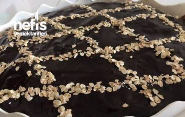 كيكة الشوفان بالشوكولاته والكريمة , طريقة عمل كيكة الشوفان البسيطة