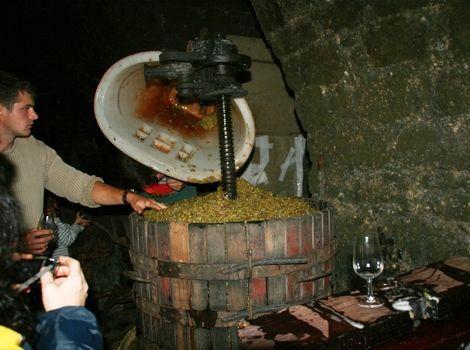 Prensado de uva Philippe Bornard (www.monjura.com)