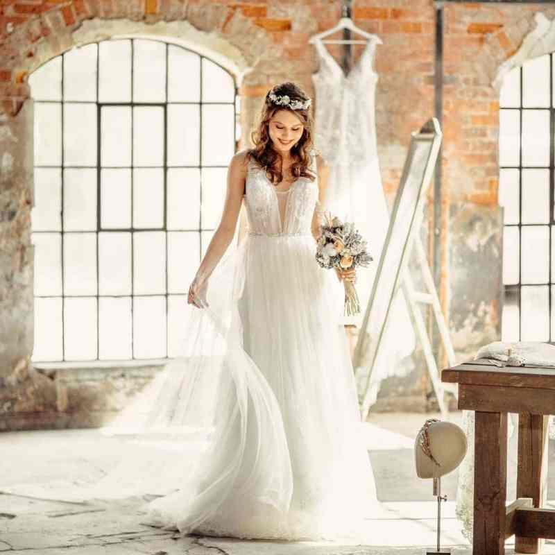 Bridely Made Gelinlik Kiralık