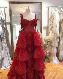 Sagaza Madrid Kırmızı Kat Kat Kiralık Abiye