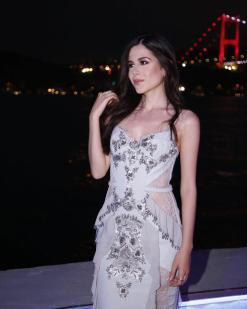 Zeynep Tosun Buz Mavisi Elbise