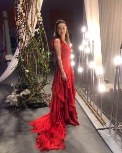 Züleyha Kuru Kırmızı Kiralık Elbise