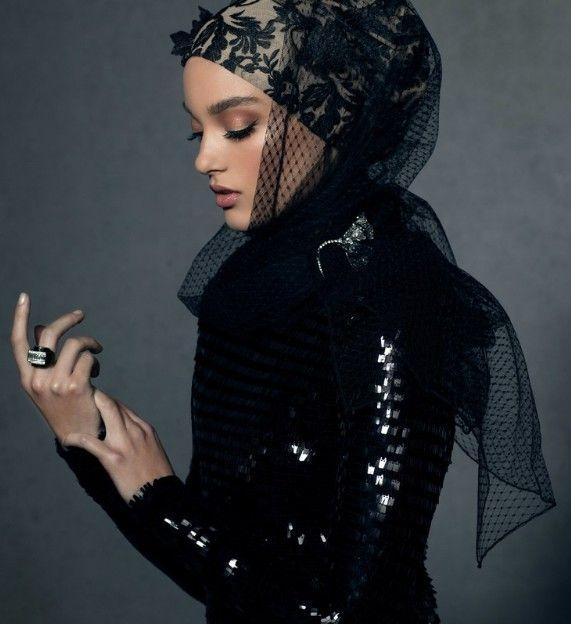 Siyah Tesettür Abiye Modelleri