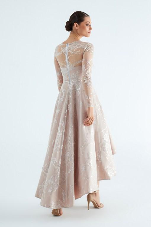 Özgül Engin Nişan Elbisesi