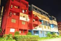 Edificio con bandera pintada