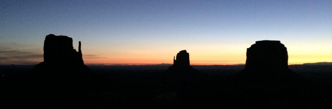 Amanecer en Monument Valley