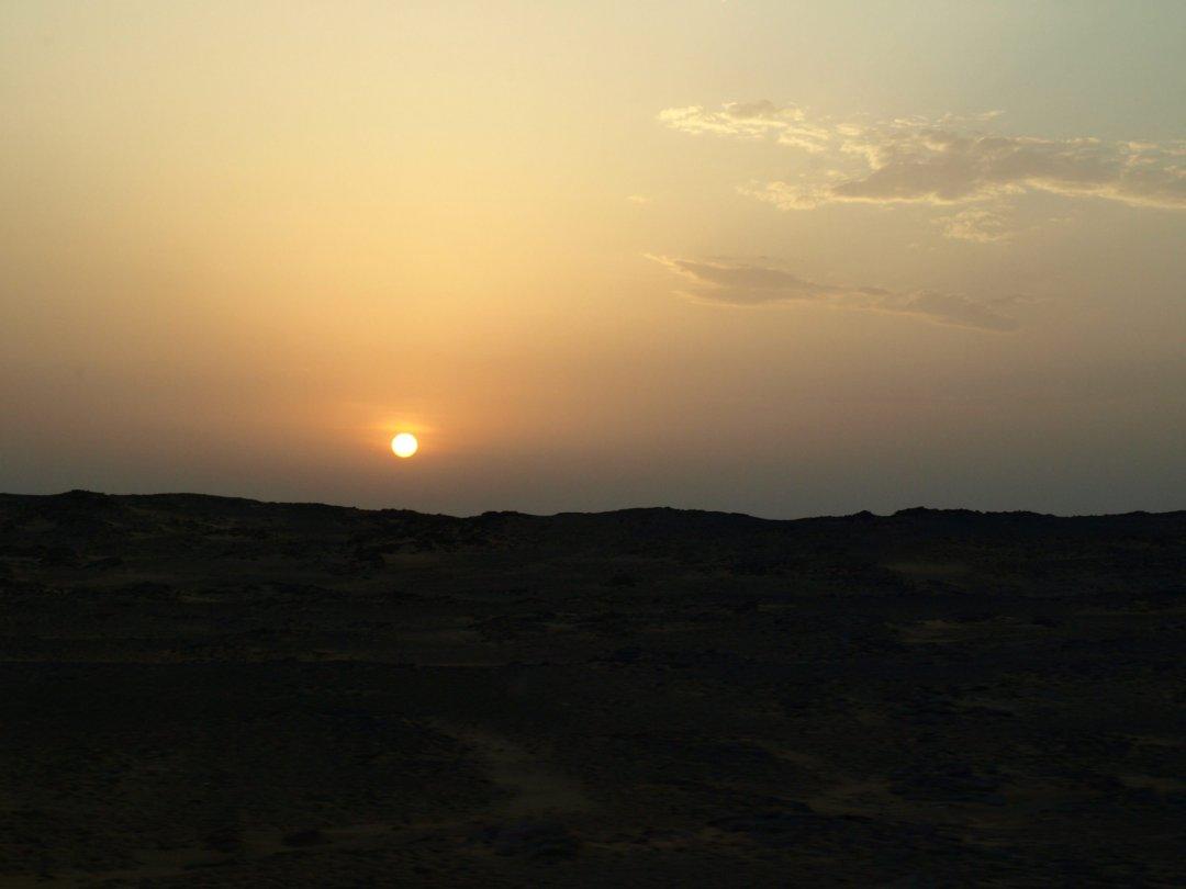 Amanece camino de Abu Simbel II