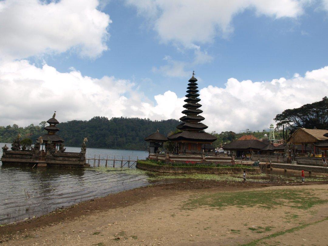Templo Pura Ulun Danu II