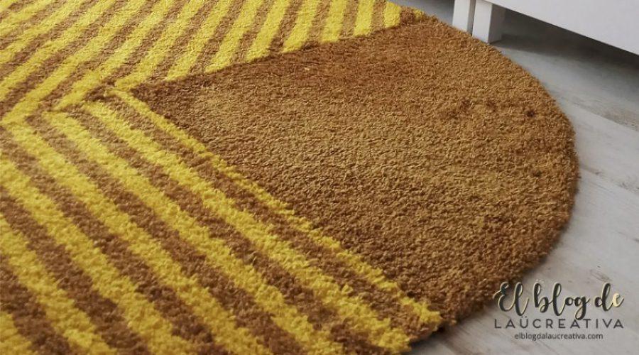 EL-BLOG-DE-LAUCREATIVA-decoracion-alfombras-ikea-salon-SJÄLVSTÄNDIG-amarillo
